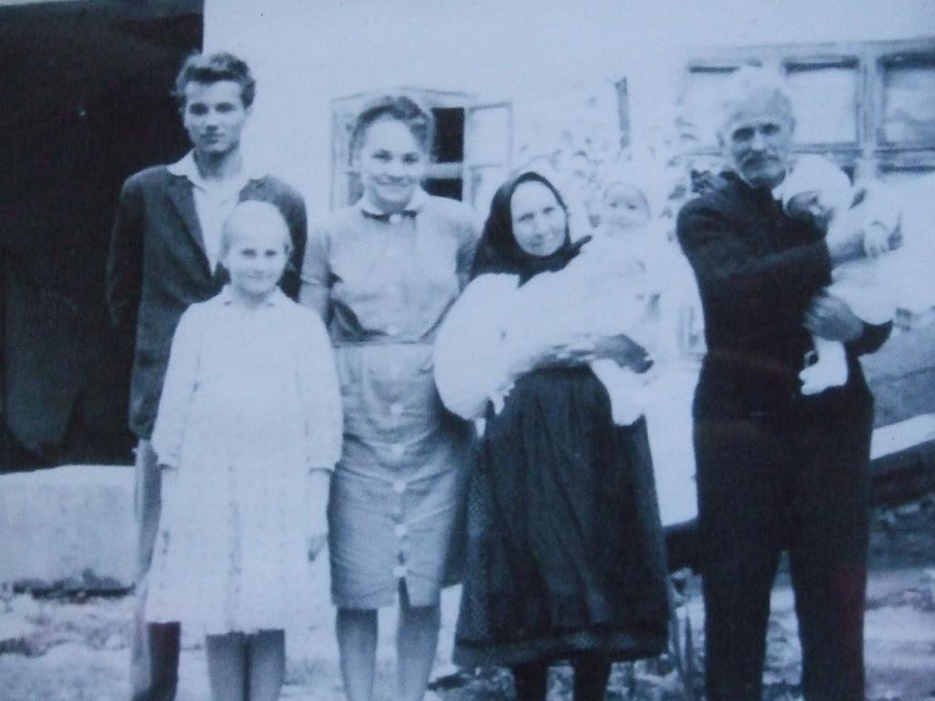 Familia Horescu